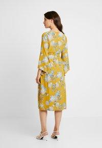 Glamorous Bloom - Denní šaty - dark ochre - 2
