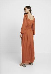 Glamorous Bloom - DRESS - Maxi šaty - orange rust - 2