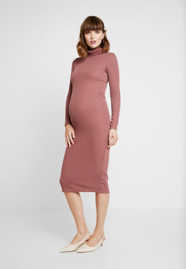 DRESS - Strikket kjole - dusty mauve