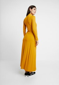 Glamorous Bloom - DRESS - Maxi šaty - mustard