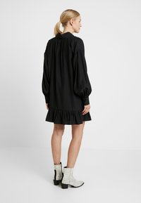 Glamorous Bloom - MINI PUSSYBOW DRESS - Sukienka letnia - black - 3