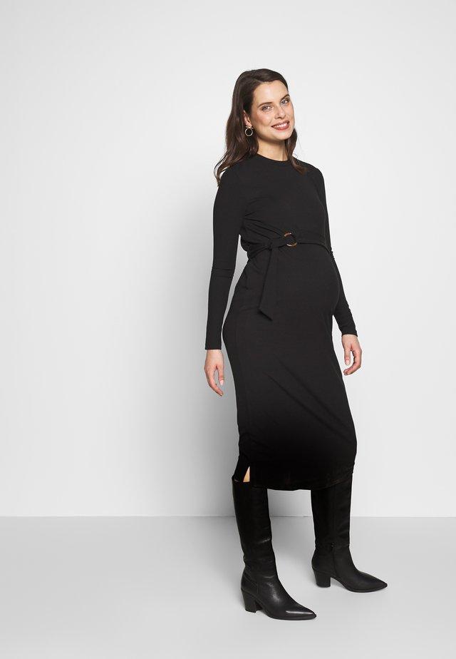 MIDI BELT DRESS - Sukienka z dżerseju - black