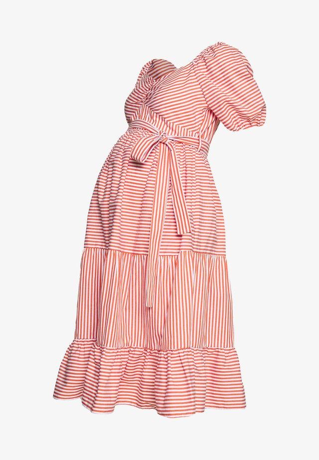 DRESS - Vapaa-ajan mekko - red/white