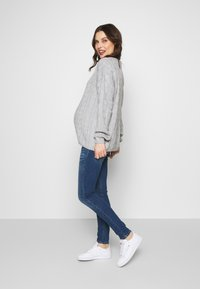Glamorous Bloom - CABLE KNIT - Svetr - grey - 1