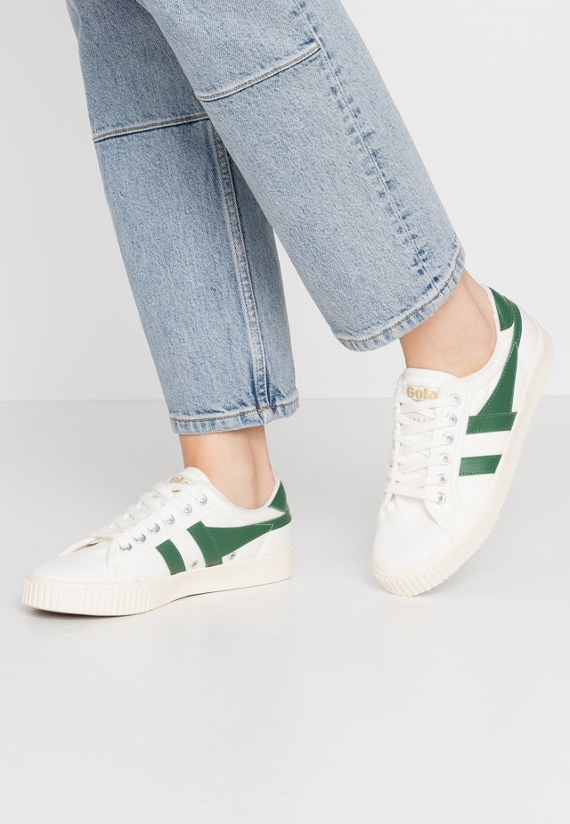 TENNIS MARK COX - Baskets basses - offwhite/dark green