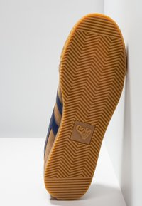 Gola - HARRIER - Sneakers laag - caramel/navy - 4