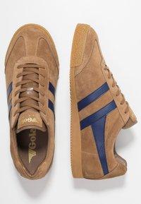 Gola - HARRIER - Sneakers laag - caramel/navy - 1