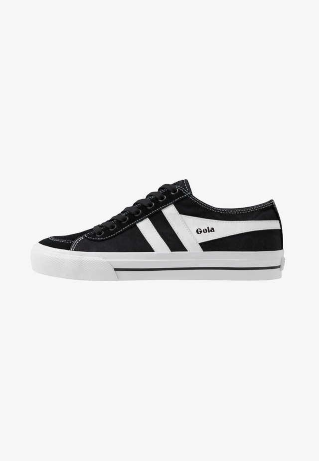 QUOTA II - Trainers - black/white