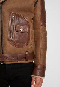 Goosecraft - ASTER LAMMY - Kožená bunda - wood brown - 6