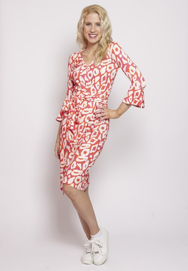 LEO PRINT - Korte jurk - rot