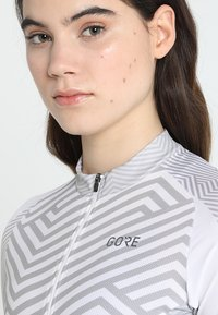 Gore Wear - DAMEN TRIKOT - T-Shirt print - white/light grey - 3