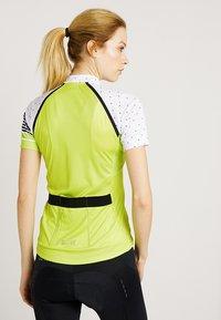 Gore Wear - TRIKOT - T-Shirt print - citrus green/white - 2