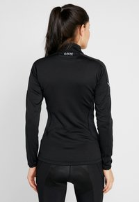 Gore Wear - THERMO ZIP  - Funktionsshirt - black - 2