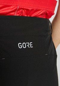 Gore Wear - GORE® C5 DAMEN - kurze Sporthose - black - 6