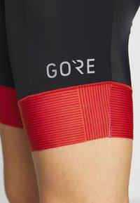 Gore Wear - DAMEN KURZ - Tights - black/hibiscus pink - 5