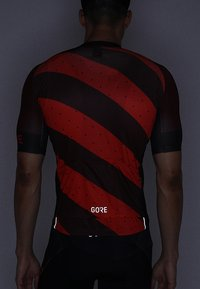 Gore Wear - TRIKOT - T-Shirt print - red/black - 4