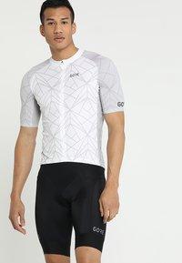 Gore Wear - TRIKOT - T-Shirt print - white/light grey - 0