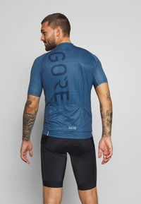 Gore Wear - LINE BRAND TRIKOT - T-shirts print - deep water blue/orbit blue - 2