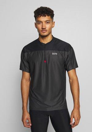 ZIP TRIKOT - Print T-shirt - terra grey/black