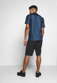 Gore Wear - SHORTS - Sports shorts - black - 2