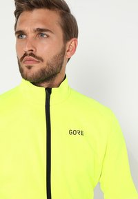 Gore Wear - THERMO  - Soft shell jacket - neon yellow/black - 3