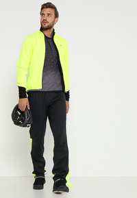 Gore Wear - THERMO  - Soft shell jacket - neon yellow/black - 1