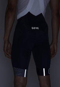Gore Wear - C5 OPTILINE KURZE TRÄGERHOSE - Tights - marine blue/white - 5