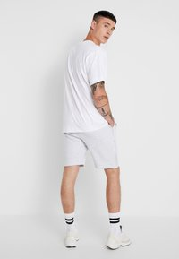 Good For Nothing - FUTURE - Shorts - grey marl - 2
