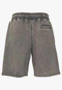 Good For Nothing - Shorts - grey - 1