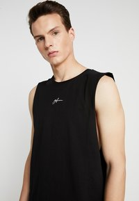 Good For Nothing - SIGNATURE CUT AWAY VEST - Top - black - 4