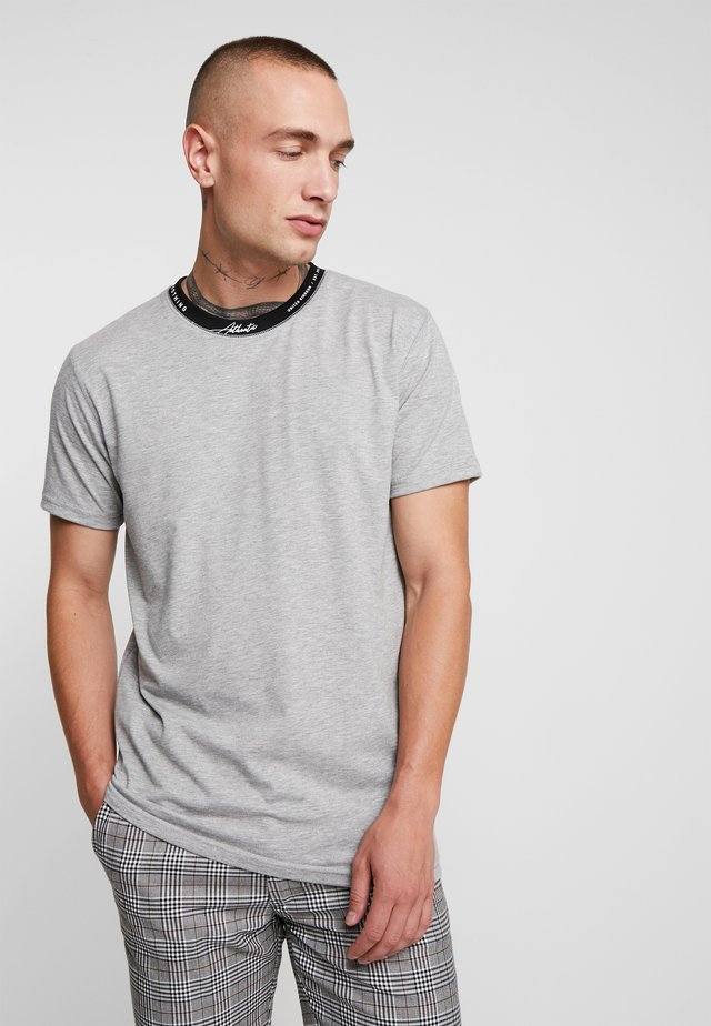 AUTHENTIC NECK BRANDING  - Basic T-shirt - grey