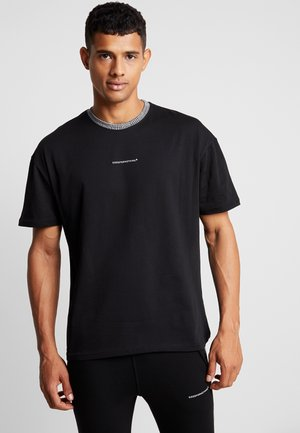 OVERSIZED WITH PRINCE OF WALES CHECK COLLAR - Print T-shirt - black