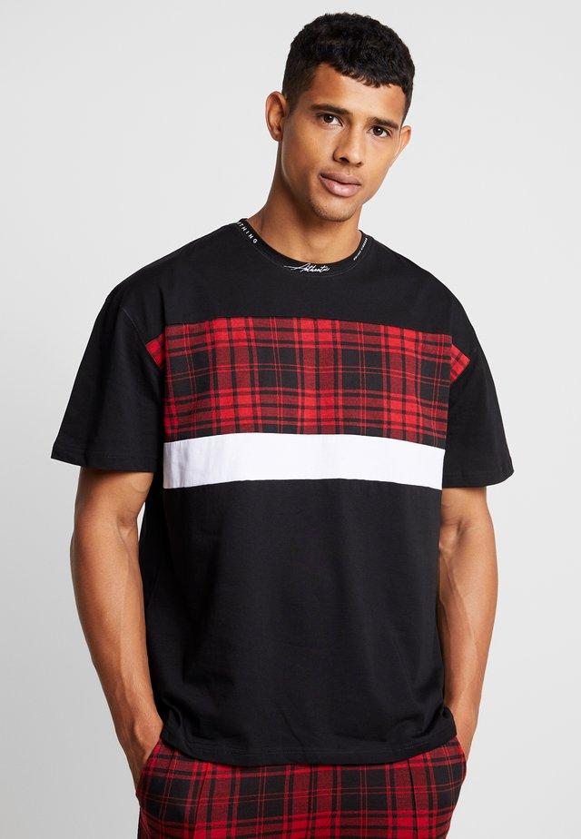WITH TARTAN CUT AND SEW PANEL - T-shirt imprimé - black