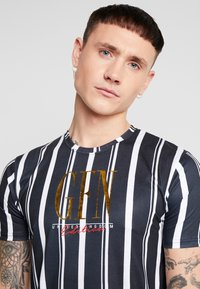 Good For Nothing - FITTED STRIPE  - T-shirts med print - black - 4