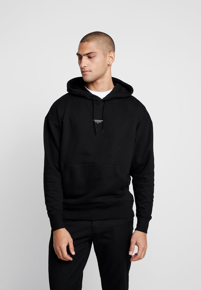 ESSENTIAL HOODIE - Jersey con capucha - black