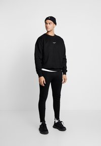 Good For Nothing - ESSENTIAL - Sweatshirt - black - 1