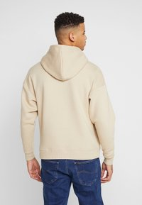 Good For Nothing - OVERSIZED HOODIE IN ACID WASH - Mikina skapucí - stone - 2