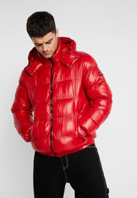 Good For Nothing - WET LOOK PUFFER JACKET - Winterjacke - red - 0
