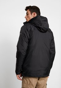 Good For Nothing - REFLECTIVE LONG PUFFER JACKET - Jas - black - 2