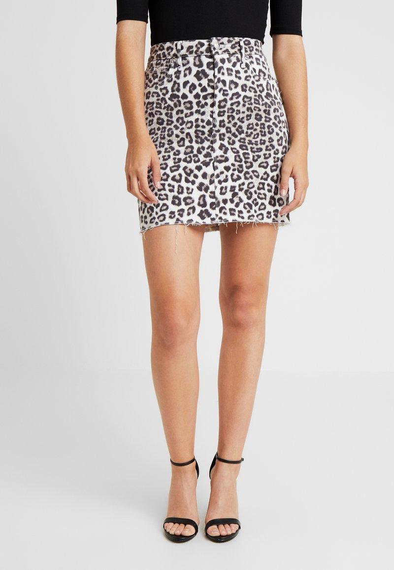 Good American - SKIRT - Denim skirt - beige/black
