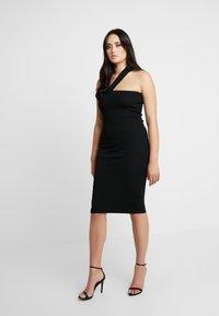 Good American - ASYM DRESS - Fodralklänning - black - 6