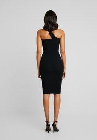 Good American - ASYM DRESS - Pouzdrové šaty - black - 5