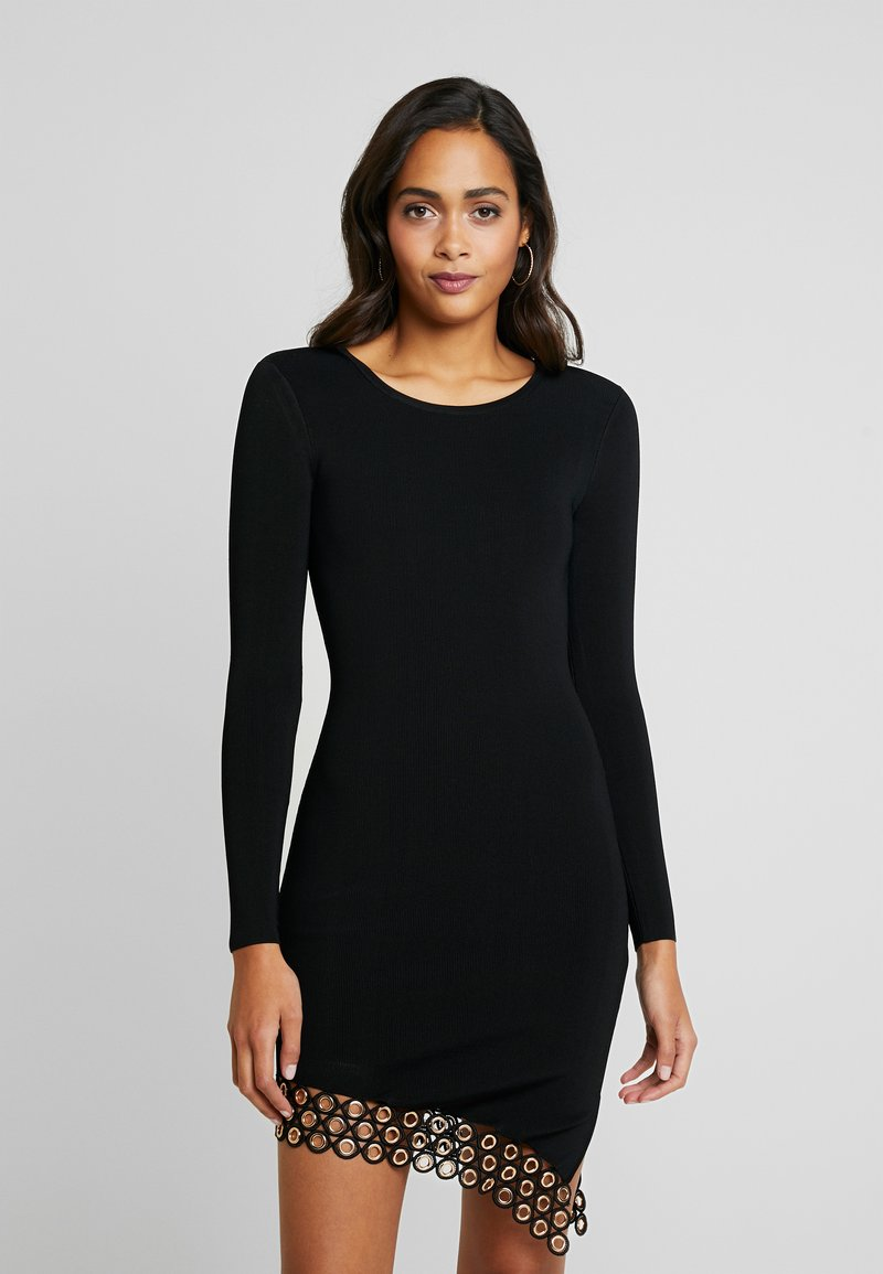 Good American - SCOOP NECK HARDWARE DRESS - Pouzdrové šaty - black