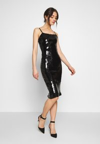 Good American - SEQUIN DRESS - Sukienka letnia - black - 1