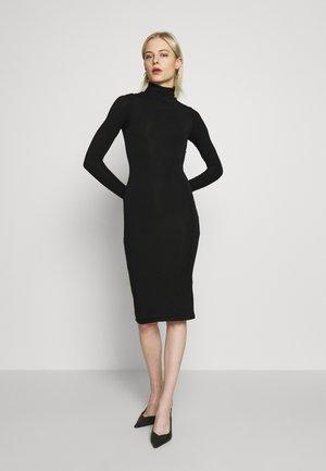 LONG SLEEVE TURTLE NECK DRESS - Pouzdrové šaty - black