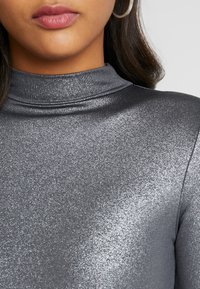 Good American - MOCK NECK - Topper langermet - silver - 8