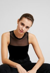 Good American - THE MIXED BODY - Top - black - 3