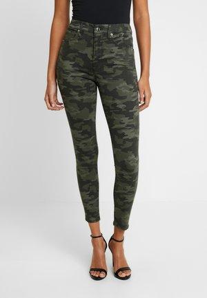 GOOD WAIST - Jeans Skinny Fit - coloured denim/olive