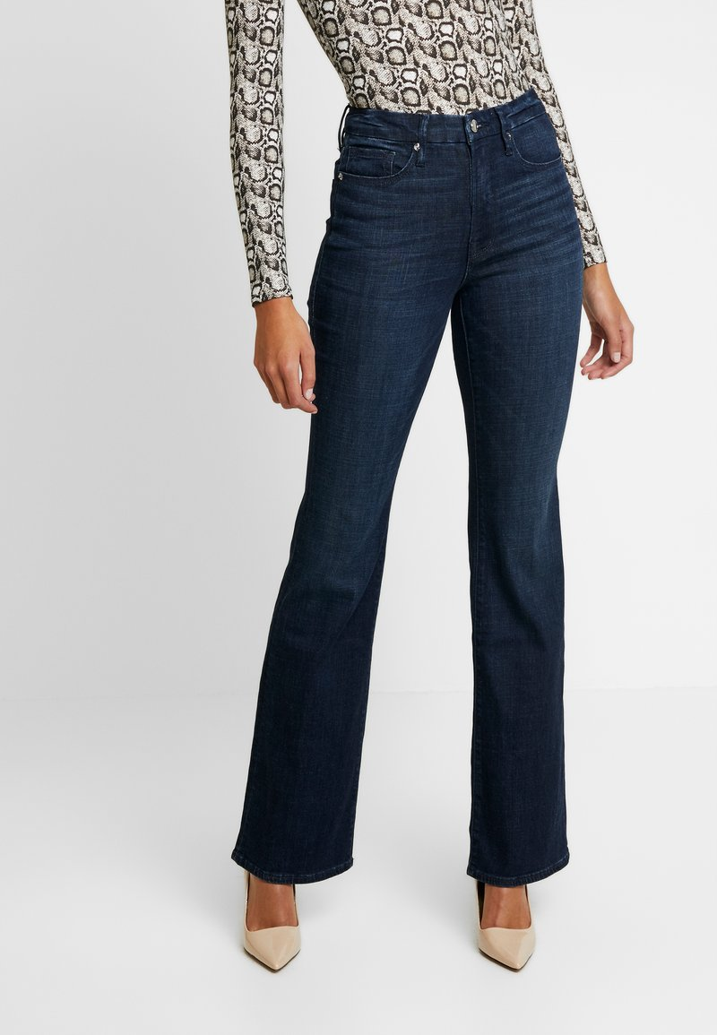Good American - GOOD - Jeansy Bootcut - blue