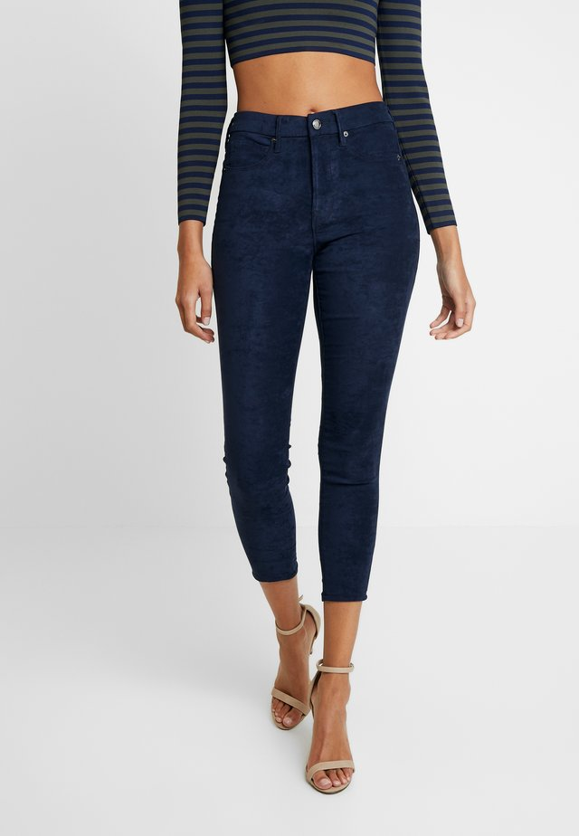 GOOD LEGS CROP - Trousers - navy